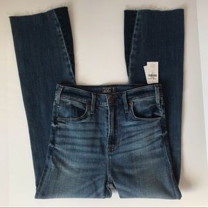A&F Simone High Rise Ankle Flare Jeans Size 25